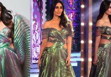 Kareena Kapoor Stills From Lakme Fashion Week 2018