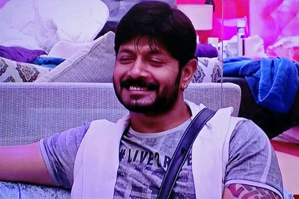 Bigg Boss Telugu 2: Kaushal Talks About His Teenage Love Story