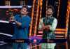 Nagarjuna Enters Into Bigg Boss Telugu 2 Sets To Support Nani