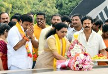 suhasini balakrishna paid tribute to NTR