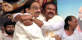 Mohan Babu Supports TRS
