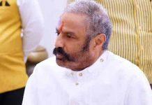 Balakrishna new look for boyapati sreenu movie