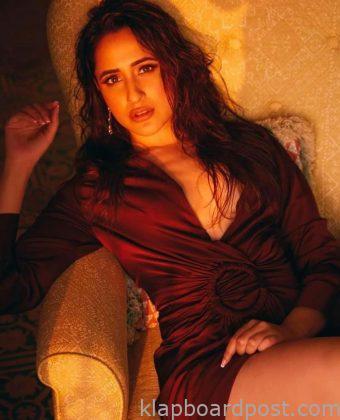 Pragya Jaiswal Looks Stunning